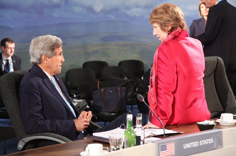 A cameo of tired idiots - John Kerry and Baroness Ashton  in Wales - courtesy Foreign and Commonwealth Offic