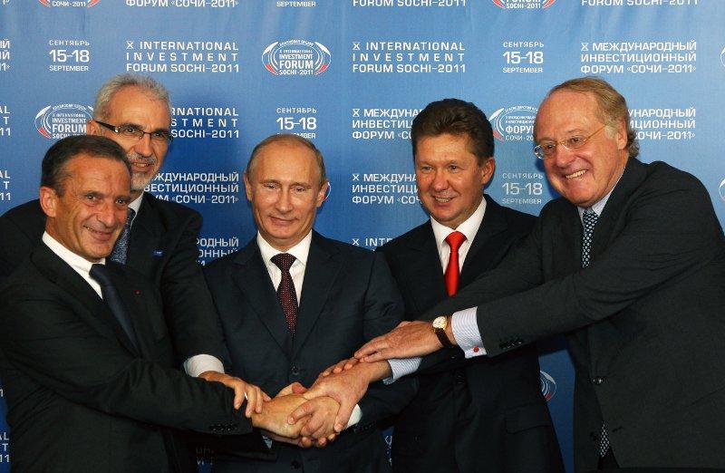 In 2012 the South Stream board of directors met with Putin. Henri Proglio (EDF), Harald Schwager (BASF), Vladimir Putin, Alexey Miller and Paolo Scaroni (Eni) - Gazprom