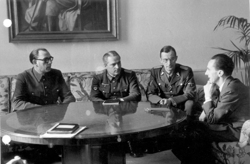 Vaslov and  Joseph Goebbels
