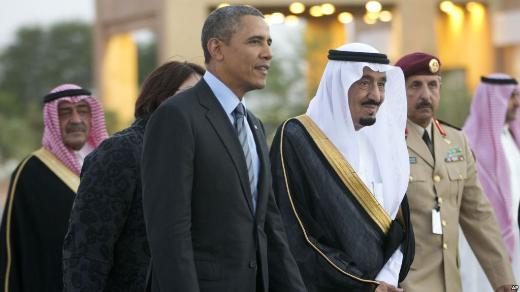 Obama Meets King Abdullah in Saudi Arabia to Offer Reassurances