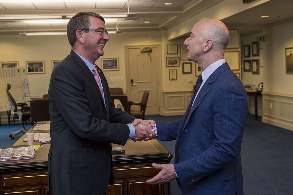 Bezos (right) meeting Ash Carter at the Pentagon about the Defense Innovation Advisory Board.