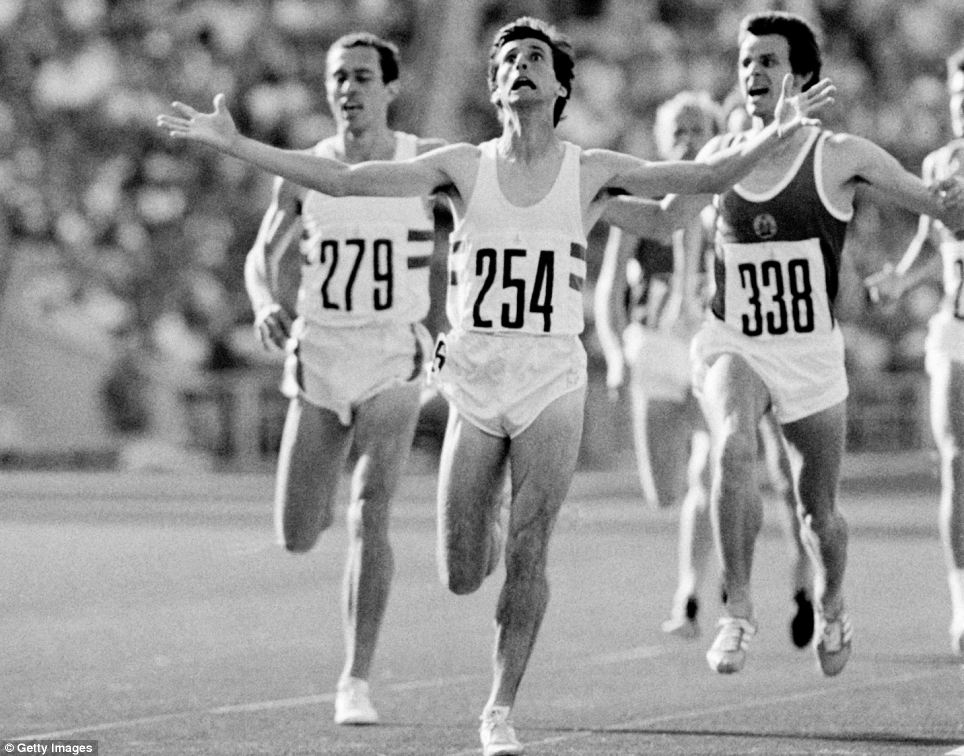 Sebastian Coe wins 1500 meter gold in 1980